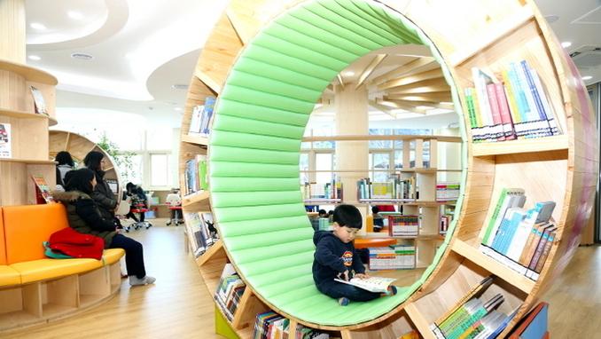 시민들에게 다가가는 안동시립도서관